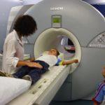 Как делают МРТ головного мозга ребенку – особенности проведения обследования для детей